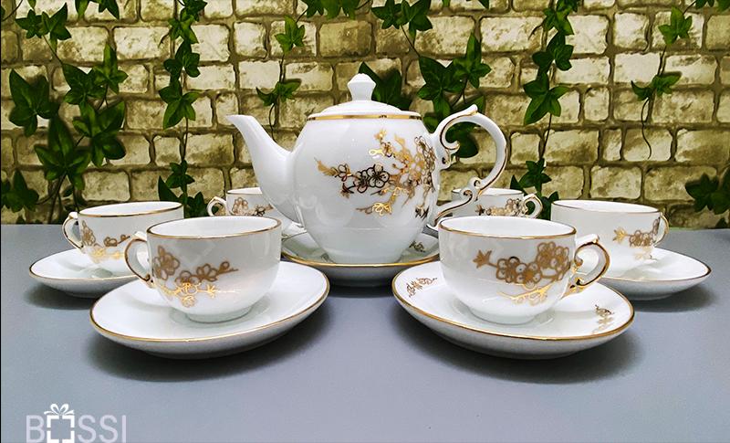 Bộ ấm chén trà hồng hoa mai vẽ vàng 24k