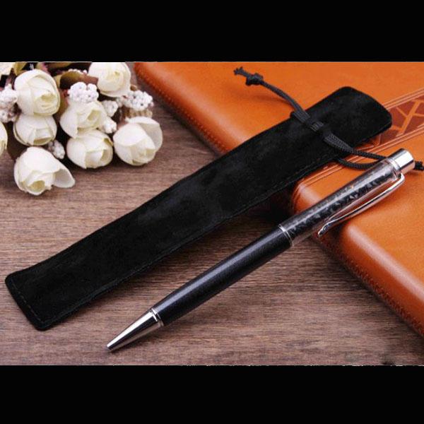 Tặng kèm 01 túi nhung đựng bút ký picasso